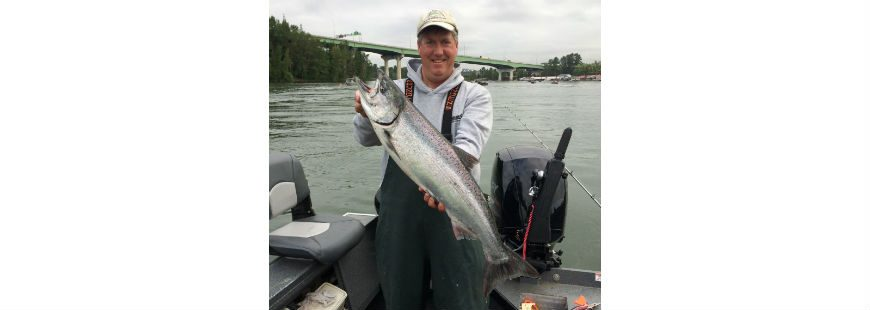 Bob Rees with a May, 2017 Willamette River spring Chinook